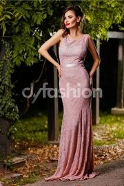 rochii de nunta lungi din dantela