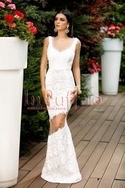 rochie alba tip sirena cu spatele gol