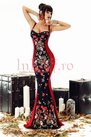 rochie de seara bordo cu broderie florala