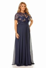 rochie lunga albastra de ocazie cu decolteu cu insertii de broderie
