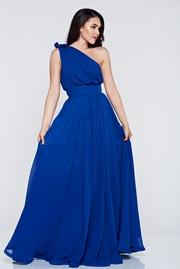 rochie lunga albastra de ocazie din voal pe umar