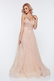 rochie lunga crem de lux tip corset din tul captusita pe interior