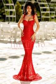 rochie lunga din dantela rosie