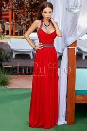 rochie lunga din voal rosu