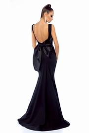 rochie lunga neagra sirena de ocazie cu spatele gol
