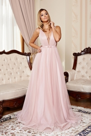 rochie lunga rosa de lux din tul captusita pe interior cu decolteu in v