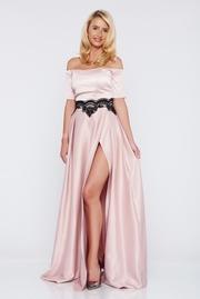 rochie lunga rosa de ocazie din material satinat cu insertii de broderie