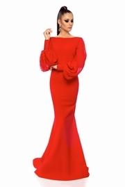 rochie lunga rosie de lux tip sirena cu spatele gol din stofa usor elastica cu maneci din voal