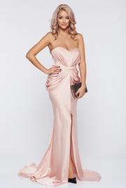 rochie lunga roz de lux din material satinat cu push-up