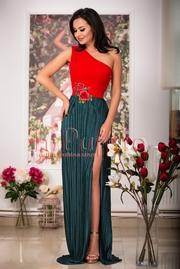 rochie lunga verde cu broderie florala