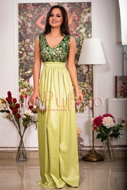 rochie lunga verde cu paiete la bust
