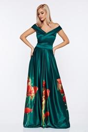 rochie lunga verde de ocazie din material satinat cu imprimeuri florale