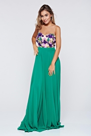 rochie lunga verde de ocazie in clos din voal