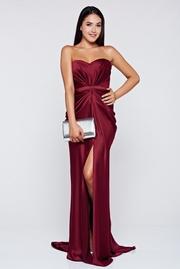 rochie lunga visinie de lux din material satinat cu push-up
