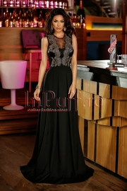 rochie neagra lunga de seara cu broderie pe bust