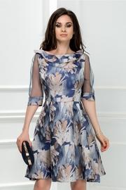 rochie scurta albastra cu imprimeu crem