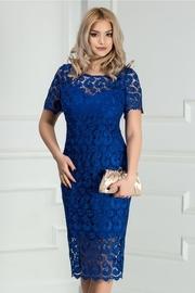 rochie scurta albastra din dantela eleganta