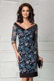 rochie scurta cu broderie bleu croi drept de seara