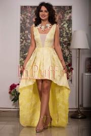 rochie scurta in fata si lunga in spate