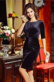 rochie scurta neagra din catifea eleganta