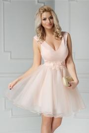 rochie scurta roz de banchet cu broderie
