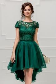 rochie scurta verde cu broderie si tull
