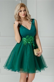 rochie scurta verde de banchet cu broderie