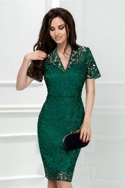rochie scurta verde din broderie cu decolteu